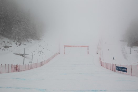 ... and here the finish schuss, lost in the fog, all day long!