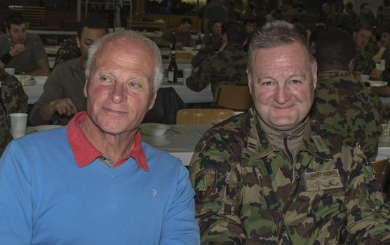 More than satisfied with the service provided by the Swiss Army: Marius Robyr, President of the Organising Committee of the World Cup  races in Crans-Montana, and the Lt col Philippe Brouchoud, Cdt of the Training Centre of the Chablais and the place d'Armes of St-Maurice.